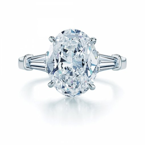 0.50 carat Oval Diamond Engagement Accent Setting