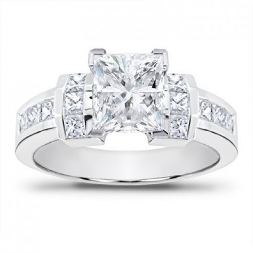 0.90 carat Princess Diamond Engagement Accent Setting (Princess Center)