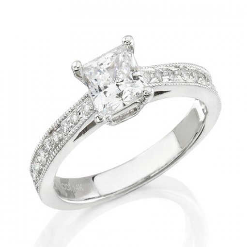 Semi Mount Four Prong Diamond Accented Engagemetn Ring with 0.40 carat of Round Cut Diamonds