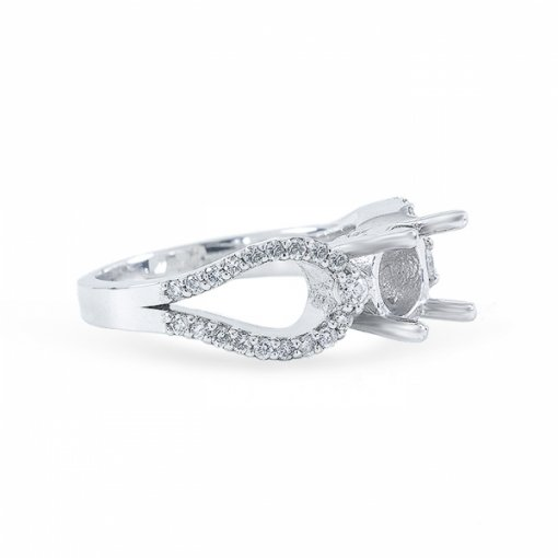 Semi-mount Curved split-shank with shared prong set and bezel set