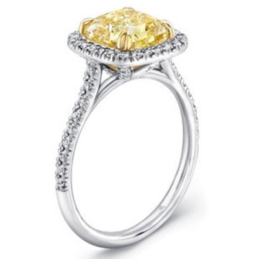 2.02ct GIA Cushion 18K Diamond Halo Engagement Ring Fancy/VVS2