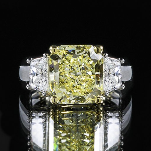 4.71ct GIA Radiant 18K 3 Stone Trapezoid Ring Fancy Vivid/SI1