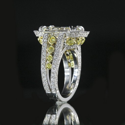 4.9ct GIA  18K White Gold Radiant Cut Diamond Ring I/VVS2